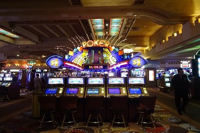 casino-las-vegas-1051381_640